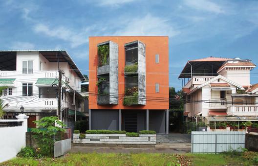 Identiti Advertising Renovation  / Meister Varma Architects