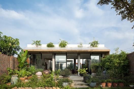 D? House / 365 Design