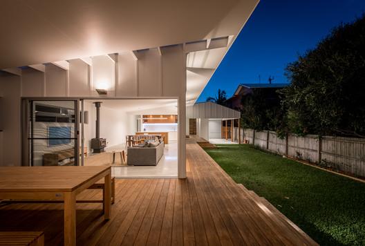 Blueys Beach House 5 / Bourne Blue Architecture