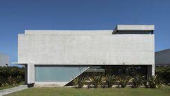 Casa BLQ / Luciano Kruk