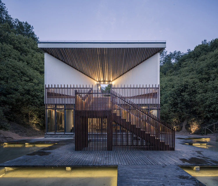 Shuangxi Academy / Duoxiangjie Architectural Design, Valley guest rooms. Image © Weiqi Jin