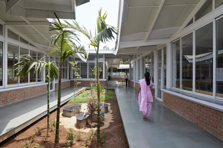 K.J. Somaiya College for Information Technology / Sameep Padora & Associates, © Edmund Sumner