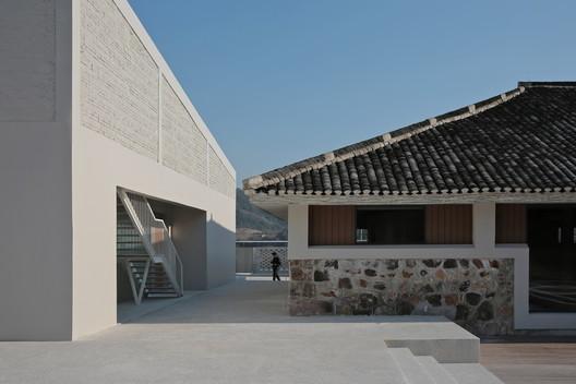 Restaurant and building B. Image © Shengliang Su