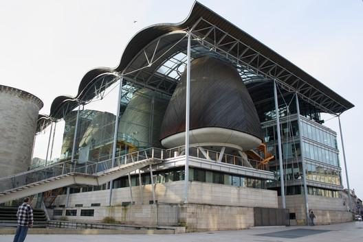 Palais de Justice, Bordeaux / Ivan Harbour, RSH+P. Image via Wikimedia