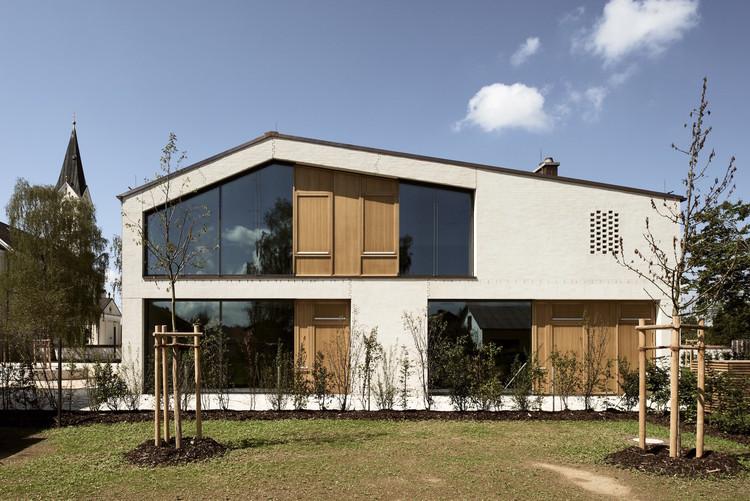 Casa parroquial / Kunze Seeholzer Architekten, © Jann Averwerser Photography