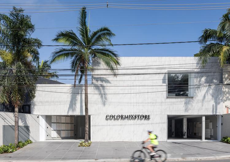Colormixstore / Basiches Arquitetos Associados, © Fran Parente