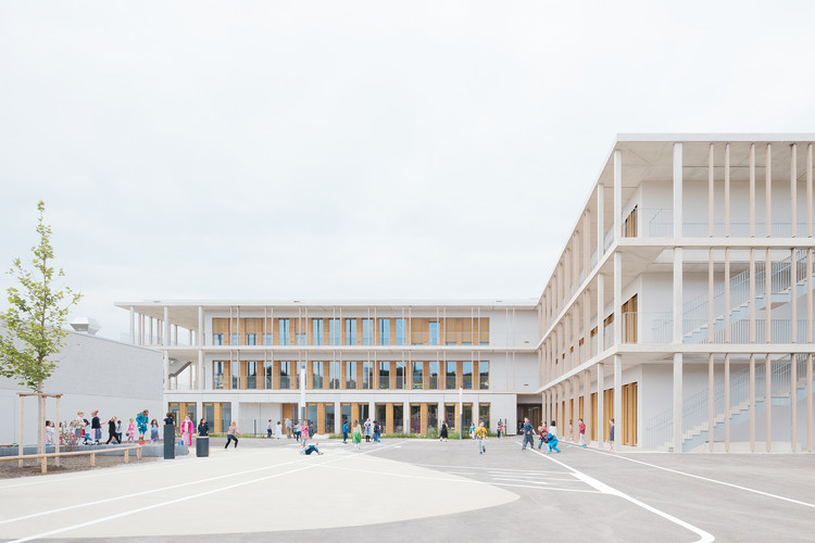 Escuela con diseño modular / wulf architekten, © Brigida González