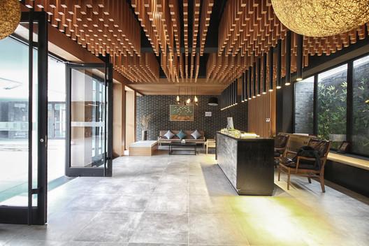 Lobby. Image © Lei Mao
