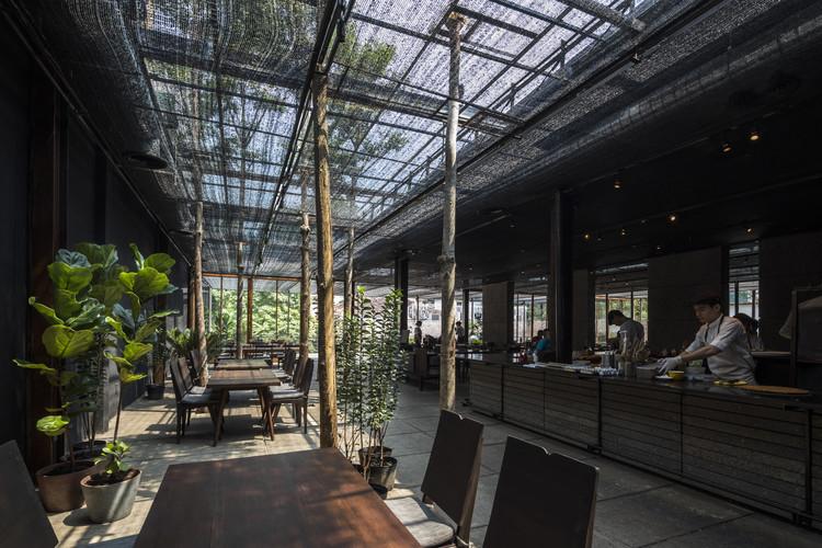 Restaurante de sombra / NISHIZAWAARCHITECTS, © Hiroyuki Oki