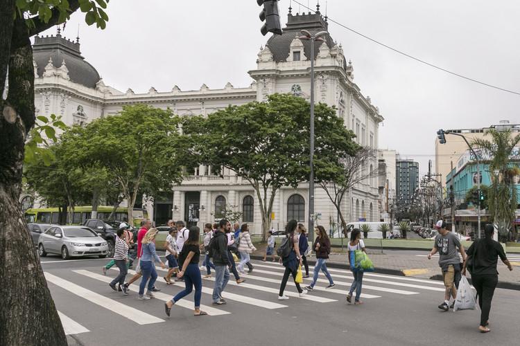 8 Ações para melhorar a segurança viária nas cidades, Segurança viária exerce fortes influências sobre a qualidade de vida e saúde nas cidades. Image © Paula Tanscheit/WRI Brasil