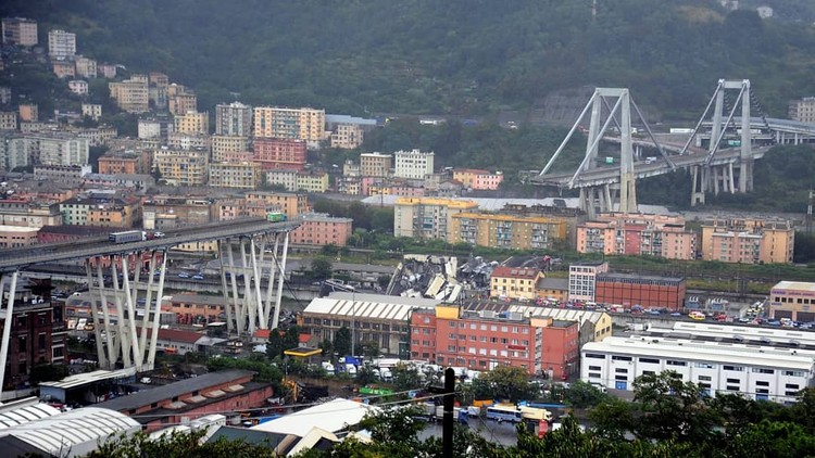 The Deadly Genoa Bridge Collapse was Predicted, and Avoidable, Image: said.touama. <a href='https://www.instagram.com/p/BmdtD8BHtuY/'>Via Instagram</a>