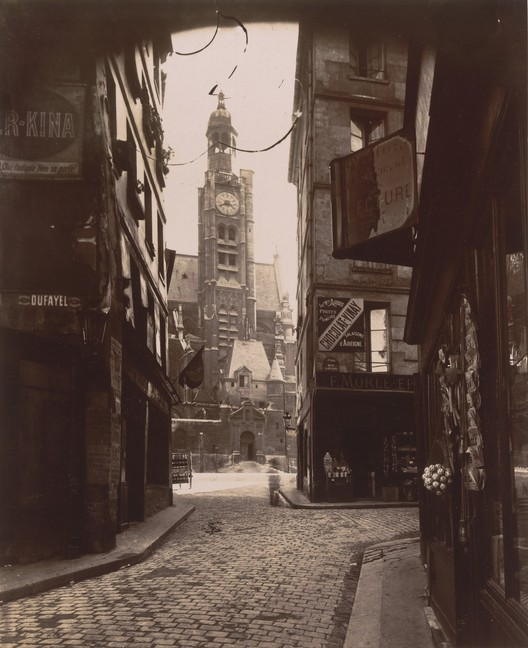 "Eugène Atget. Rue de la Montagne-Sainte-Geneviève, 1898. Crédito: MoMA; Abbott-Levy Collection.Presente de Shirley C. Burden. Sob termos de ""Fair Use"""