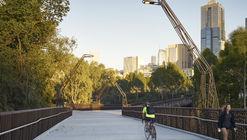 Ponte Pedonal Tanderrum / John Wardle Architects  + NADAAA + Oculus