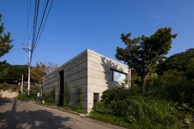 Residencia Moonhori / a round architects, © Jin Hyosook