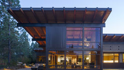 Cabaña Tumble Creek / Coates Design Architects