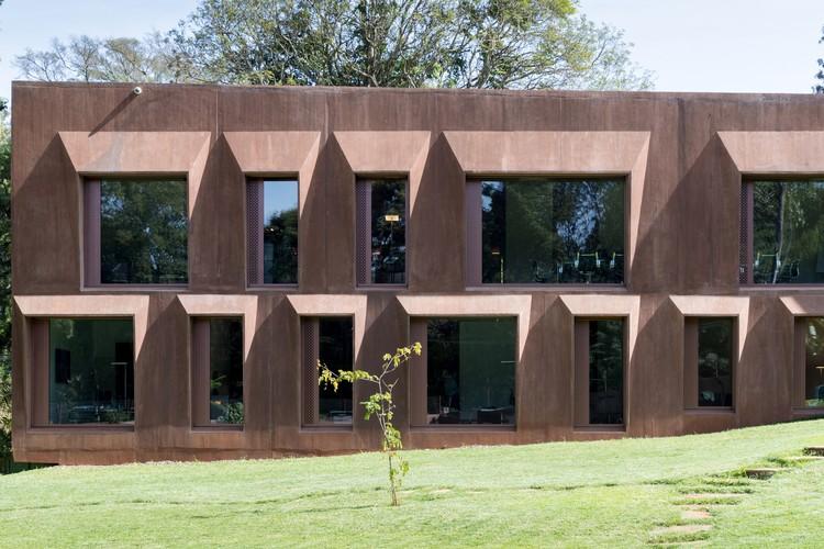 Embaixada Suíça em Nairobi / ro.ma. architekten, © Iwan Baan