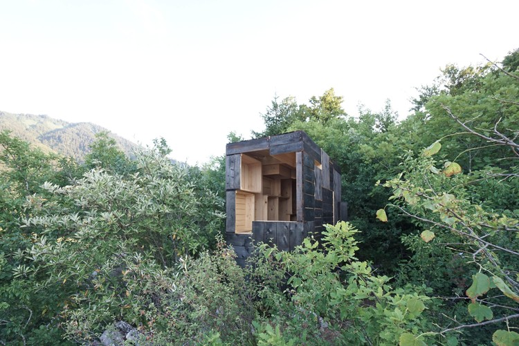 The Fortified Cavern / Clara Copiglia + Benjamin Lagarde + Tim Cousin, © Benjamin Lagarde