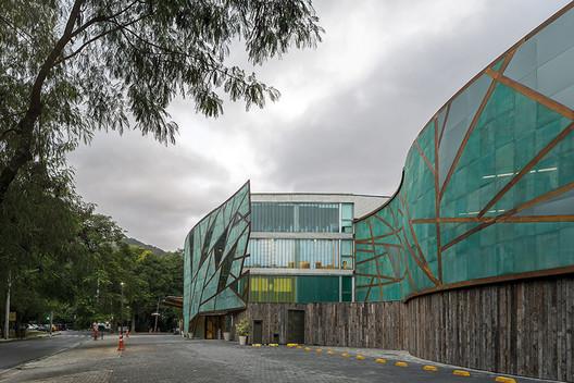 MOPI School / Mareines+Patalano Arquitetura. Image © Leonardo Finotti