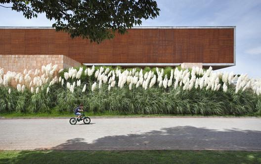 Casa BT / Studio Guilherme Torres. Image © Denilson Machado