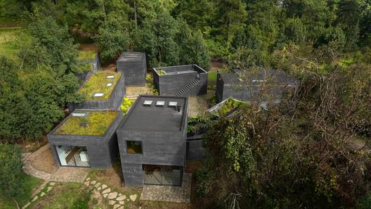 Casa Bruma / Fernanda Canales + Claudia Rodríguez