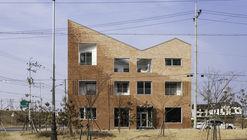 Kimhae Roastery House / JYA-RCHITECTS