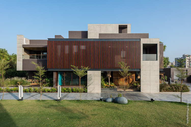The Screen House / The Grid Architects, © Photographix India