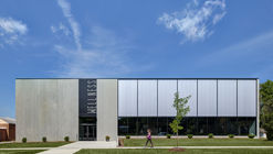 Lone Tree Wellness Center / Neumann Monson Architects