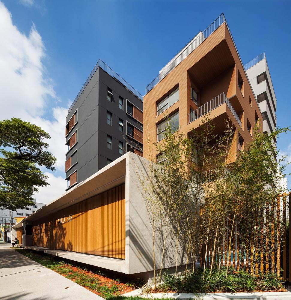 Aruá Building / FGMF Arquitetos