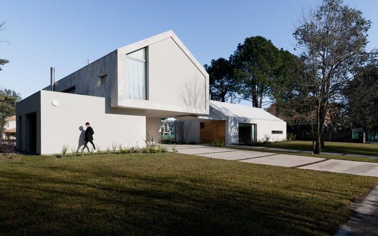 House CM / Además arquitectura, © Gonzalo Viramonte