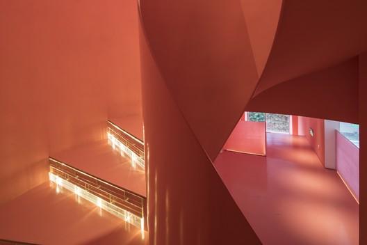 Passage Detail. Image © Fangfang Tian