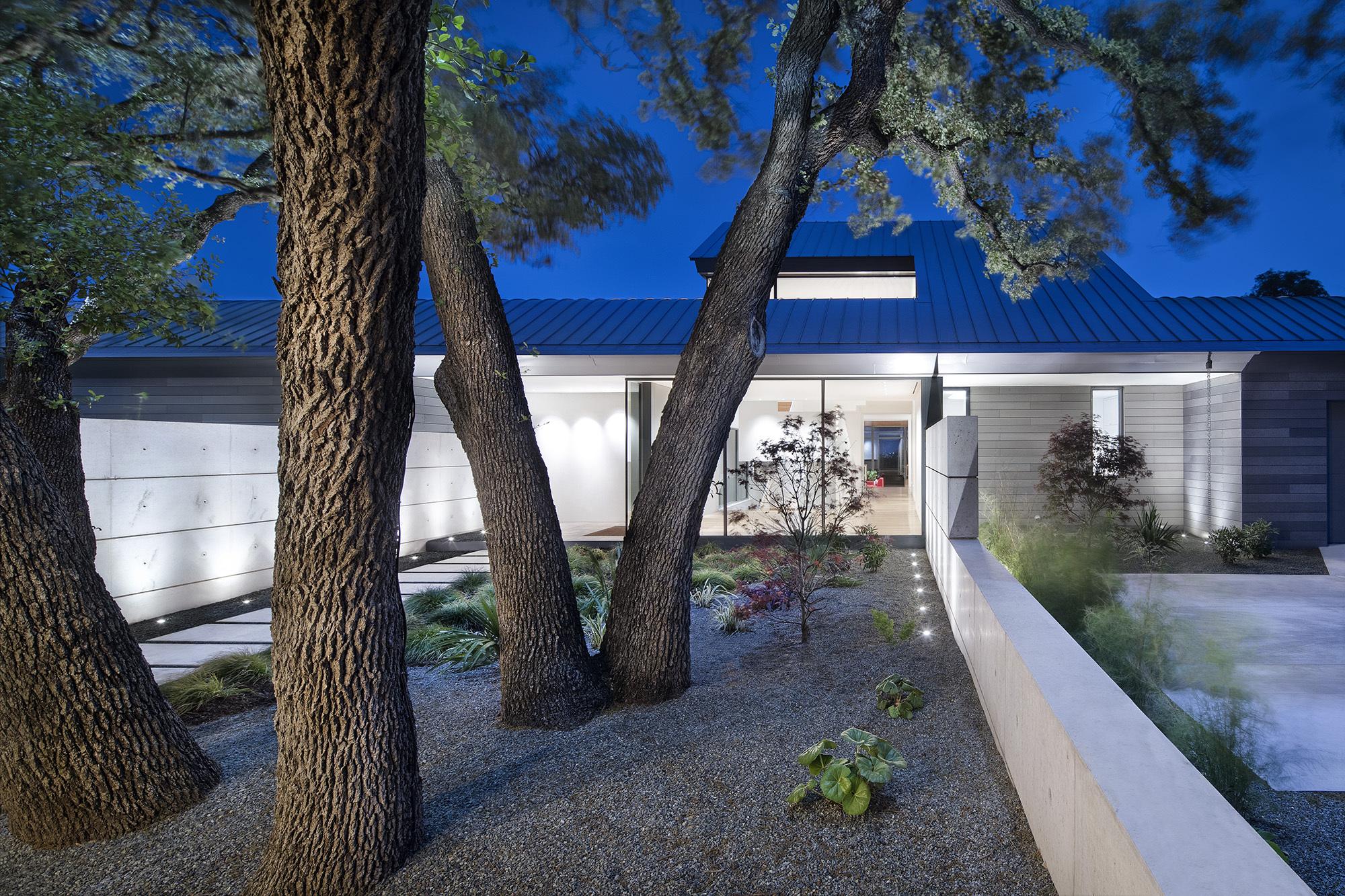 Vista Residence / Miró Rivera Architects