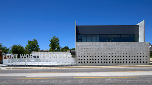 Fort Worth Camera / Ibanez Shaw Architecture