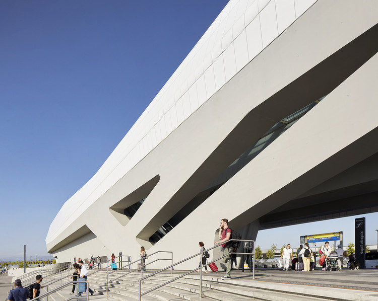 Estación Napoli Afragola / Zaha Hadid Architects, © Hufton+Crow
