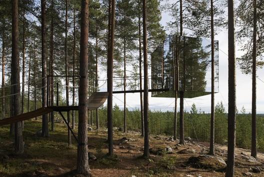 Tree Hotel / Tham & Videgård Arkitekter. Image © Åke E.son Lindman