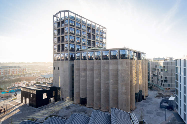 22 of the World's Greatest Architecture Projects Selected by Time Magazine, Zeitz Museum of Contemporary Art Africa / Heatherwick Studio. Image © Iwan Baan
