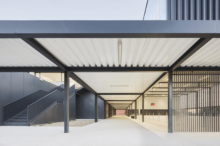 Municipal Sports Pavilion of Vila-Seca / NAM Arquitectura, © José Hevia
