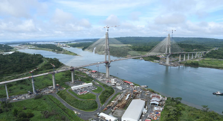 World's Longest Prestressed Concrete Bridge Nears Completion over Panama Canal, © Autoridad del Canal de Panamá (ACP)