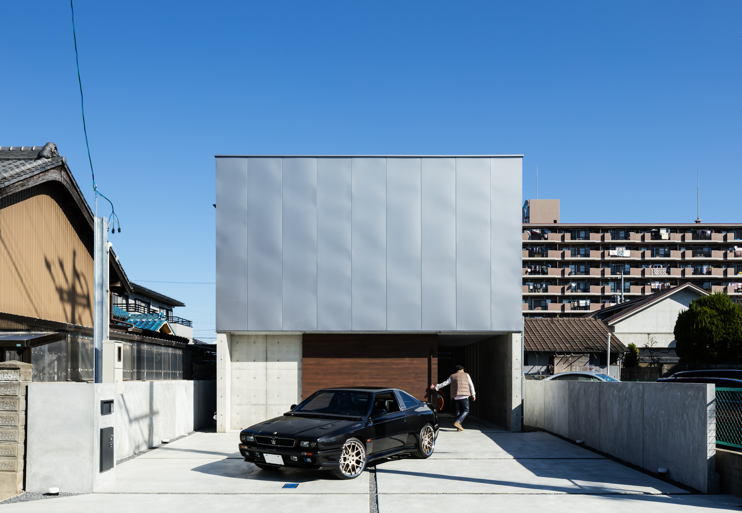 Garage House in Kawagoe / Horibe Associates