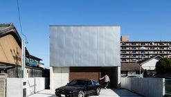 Garage House in Kawagoe / Horibe Associates
