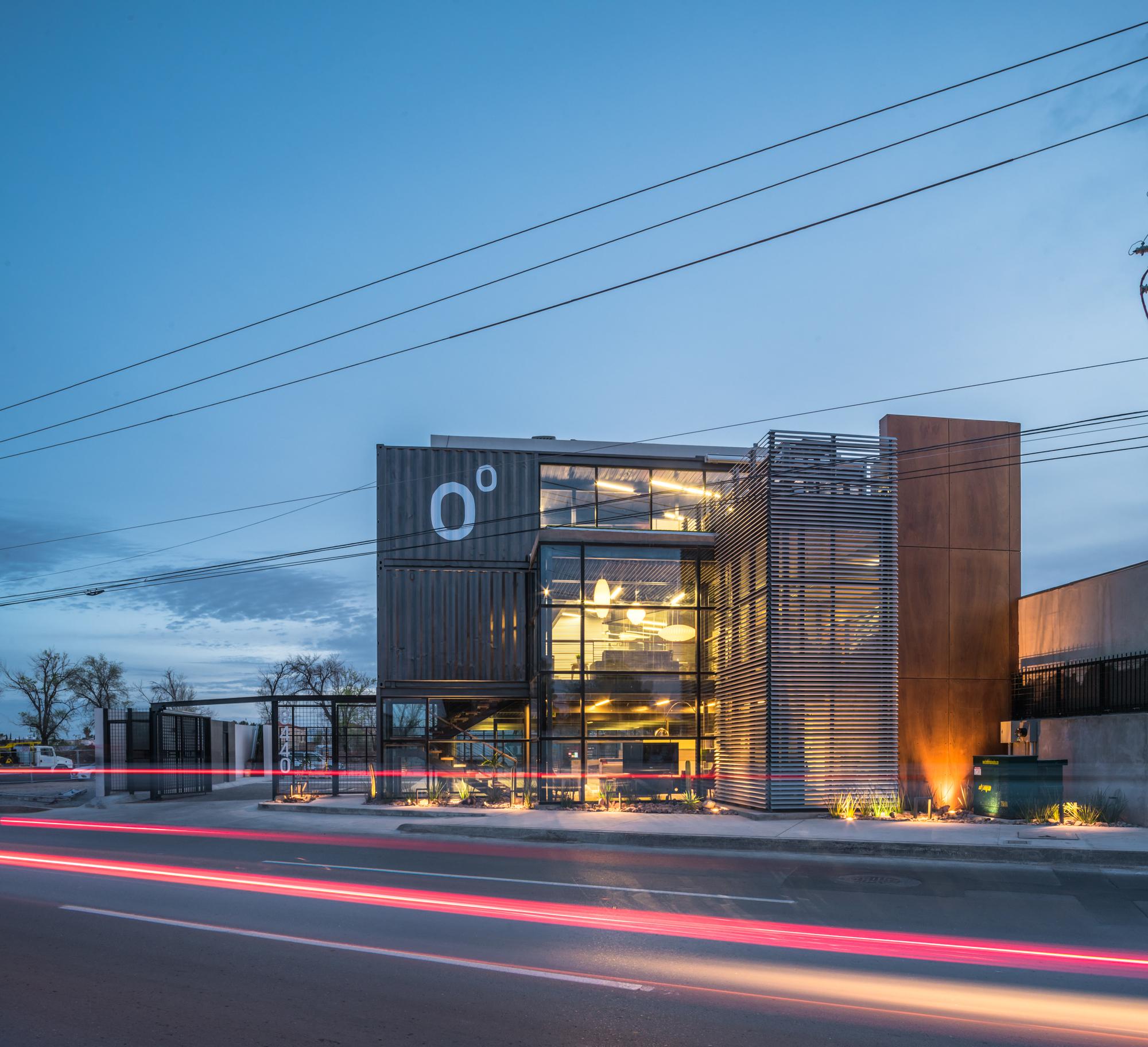 Plataforma Arquitectura on Instagram: Edificio casa HO #arquitectura : Grupo Uno en Uno