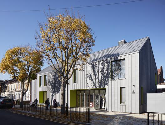 Sandringham Primary School / Walters & Cohen