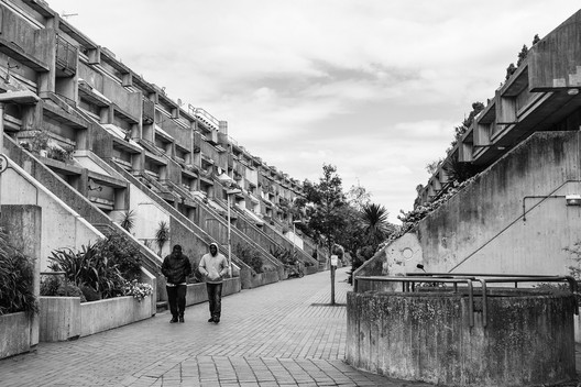 Courtesy of Flickr User Ádám Szedlák. ImageThe Alexandra Road Estate by architect Neave Brown; an example of London's brutalist architecture.