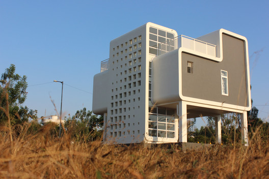 Casa Cubola / Coleroon Shore Design Services