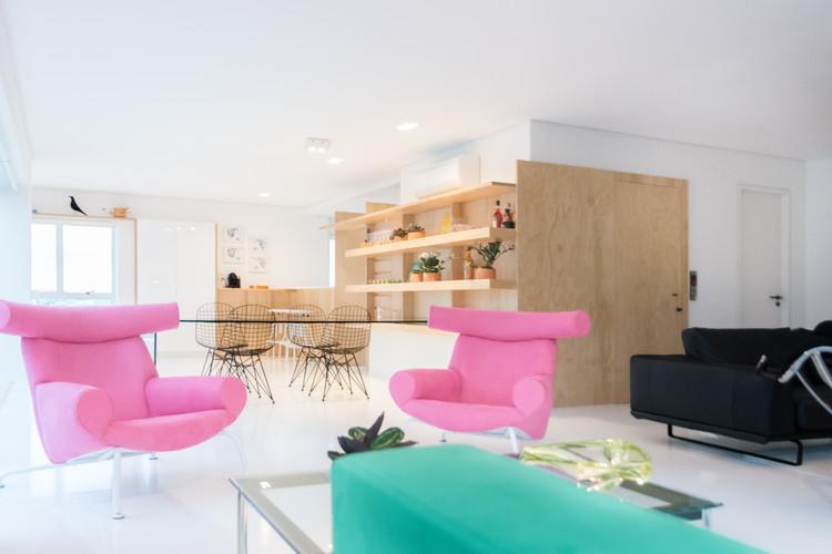 Apartamento La Place / Mário Sampaio, © Thiago Autran