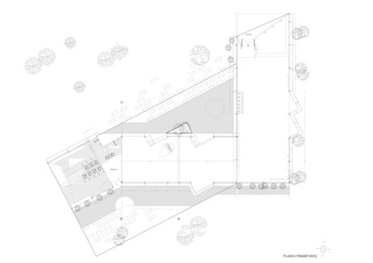 via FURMAN-HUIDOBRO arquitectos asociados