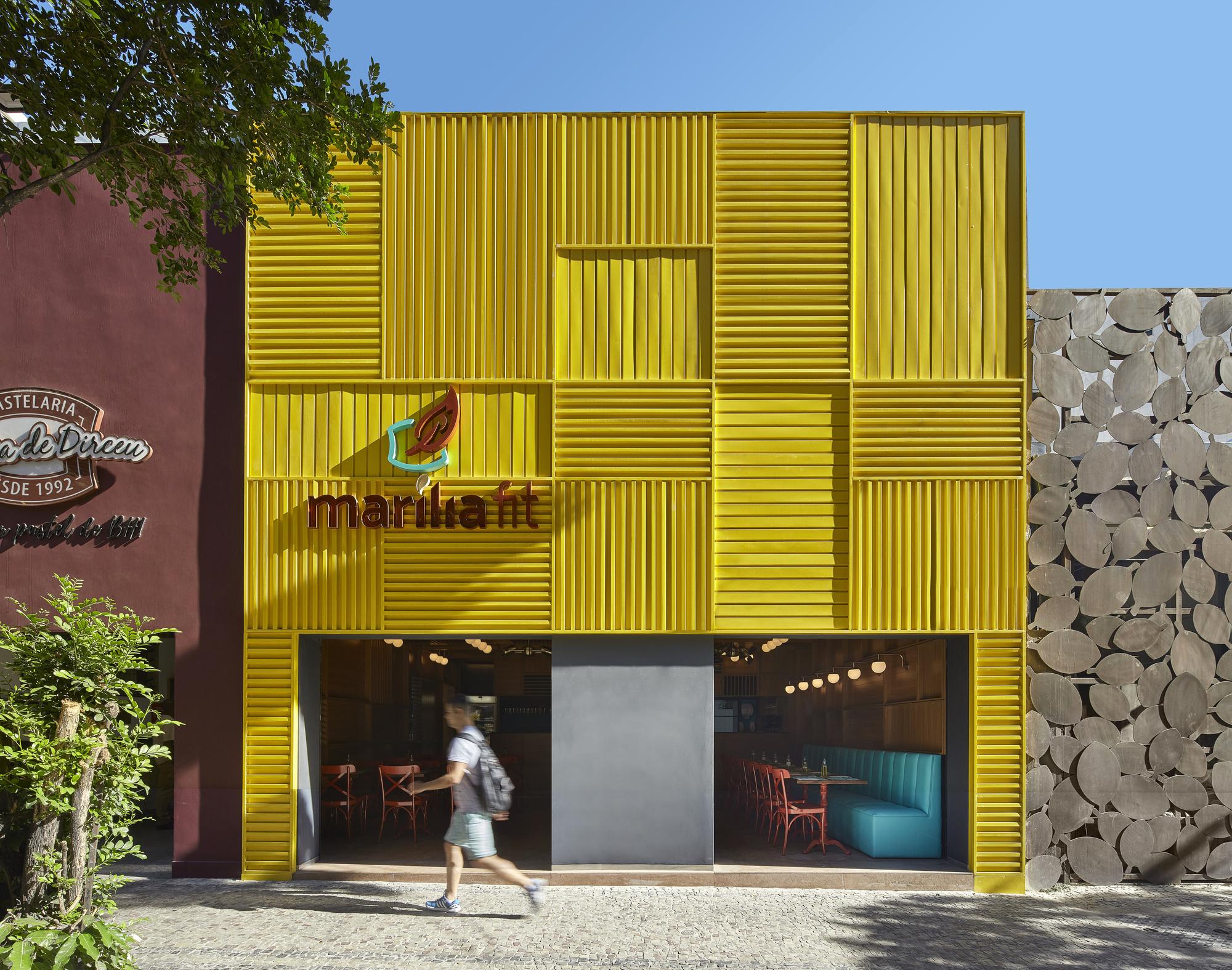 Marília Fit Restaurant / David Guerra Arquitectura e Interior ...
