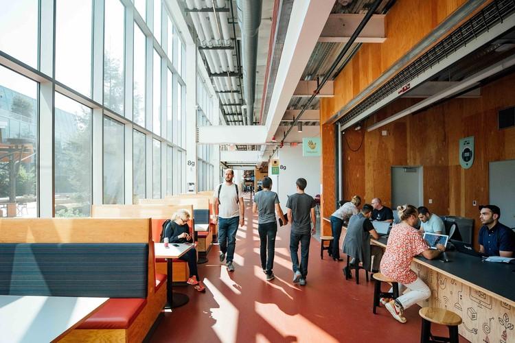 Facebook Expands Menlo Park Headquarters with MPK 21