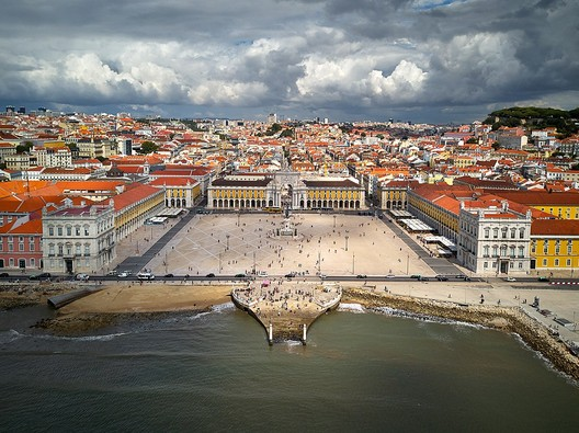 Lisbon - Now. Image Courtesy of Wikimedia User Deensel Licesed Under CC BY 2.0