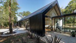 Residência em Mendiolaza / Morini Arquitectos