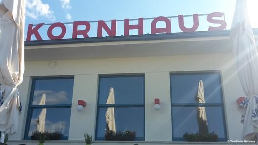 Kornhaus Restaurant on the Elbe, Dessau (© TourComm Germany GmbH (TC))